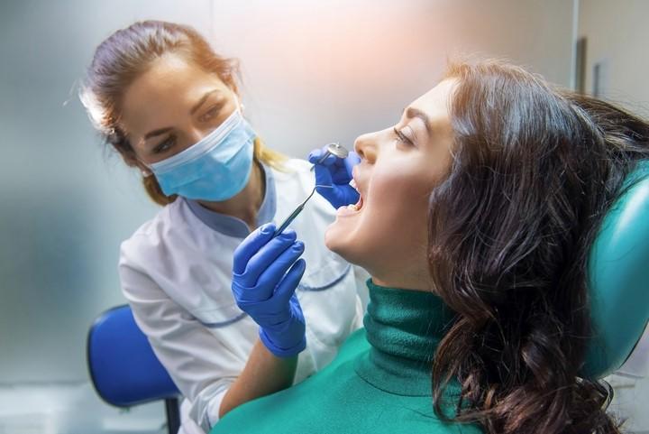 دریافت ایمپلنت های دندانی